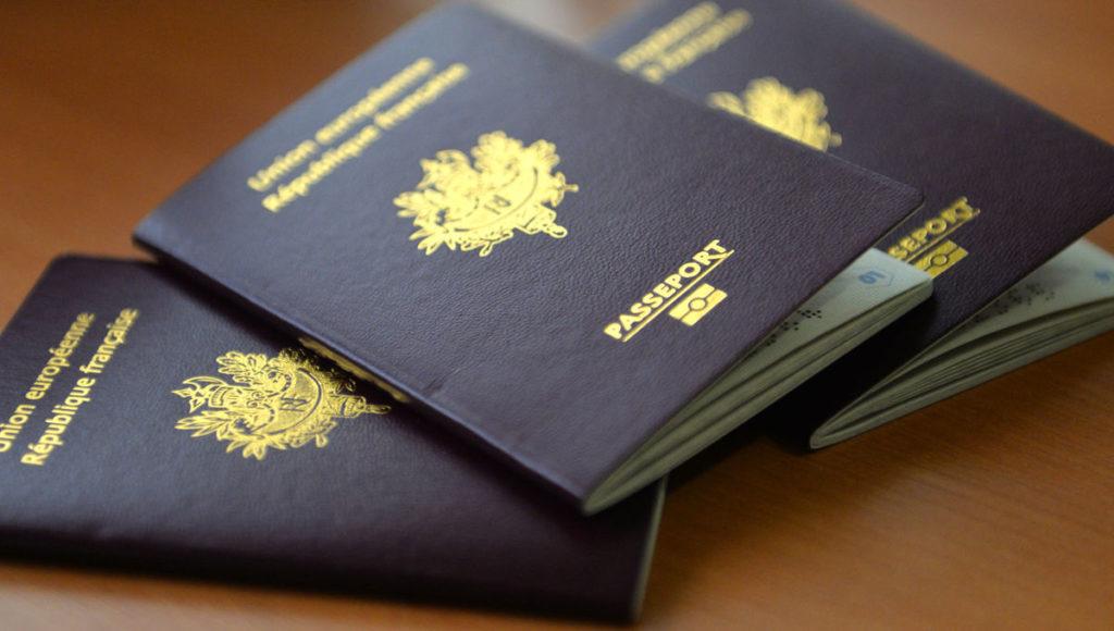 3 passeports